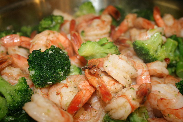 Garlic butter shrimp with broccoli